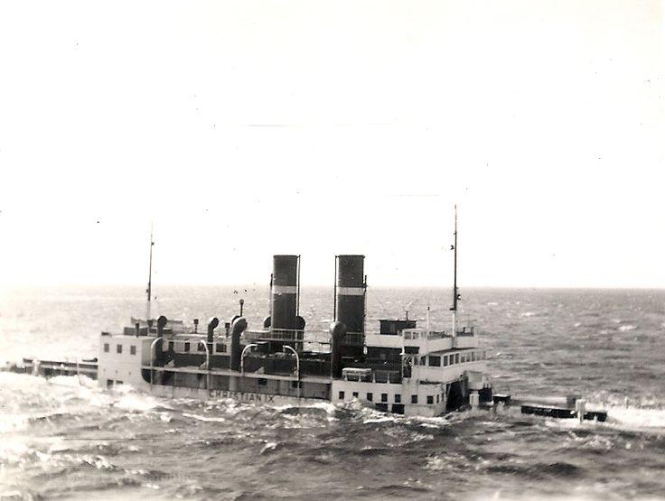 Dampfærgen Christian IX efter minesprængning den 20. april. 1940.