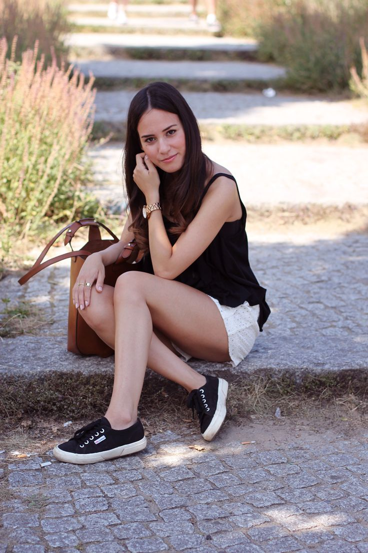 outfit black white ensemble superga sneakers crochet shorts and superga. Black Bedroom Furniture Sets. Home Design Ideas