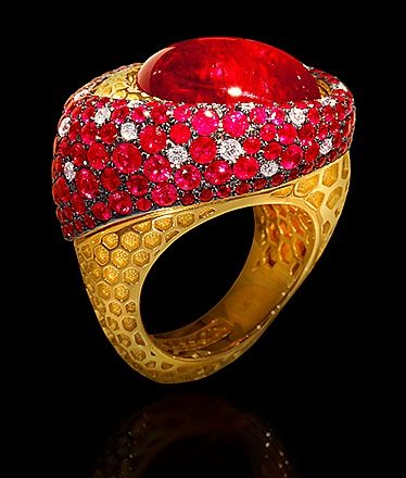 Yellow gold, Tourmaline rubellite 19,83 ct., Diamonds, Rubies