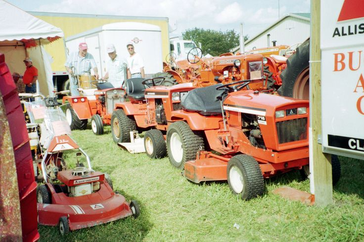 Orange Allis Chalmers 716 Amp 917 Lawn Amp Garden Tractors