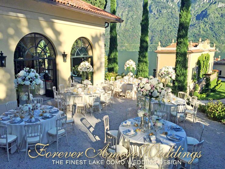 Lake Como wedding Villa Balbianello. Elegant summer reception on the terrace of the Loggia Segrè. Event by ForeverAmoreWeddings © #foreveramoreweddings #lakecomowedding #villabalbianellowedding