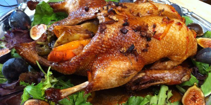 J'ai apprivoisé le canard entier il y a déjà quelques années et ce fut un délicieux succès.
