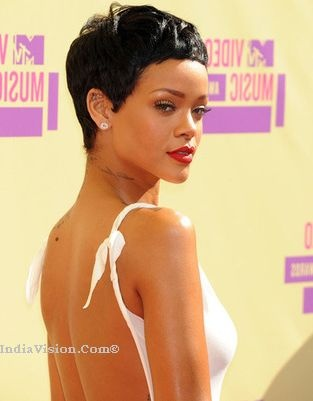 Intruder Scare For Rihanna,the star's Barbados holiday villa IndiaVision Latest Breaking News