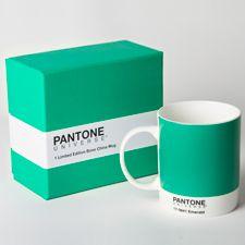Best 25 pantone green ideas on pinterest pantone blue pantone paint and pantone chart - Pantone textil gratis ...