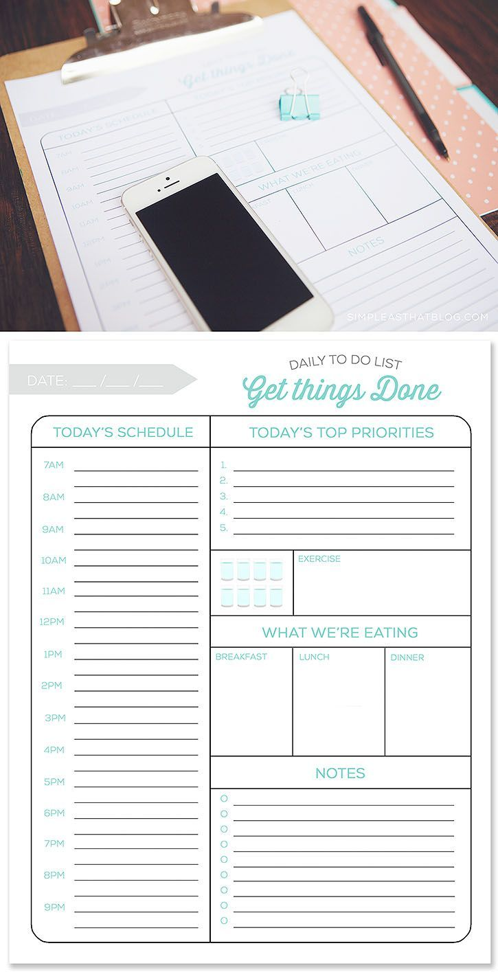 Free printable daily to do list and quick tips to make the most of your time and have a more productive day | Bullet journaling (bujo), journals, to-do lists, iPad Pro with Apple Pencil, pen and paper organization. |