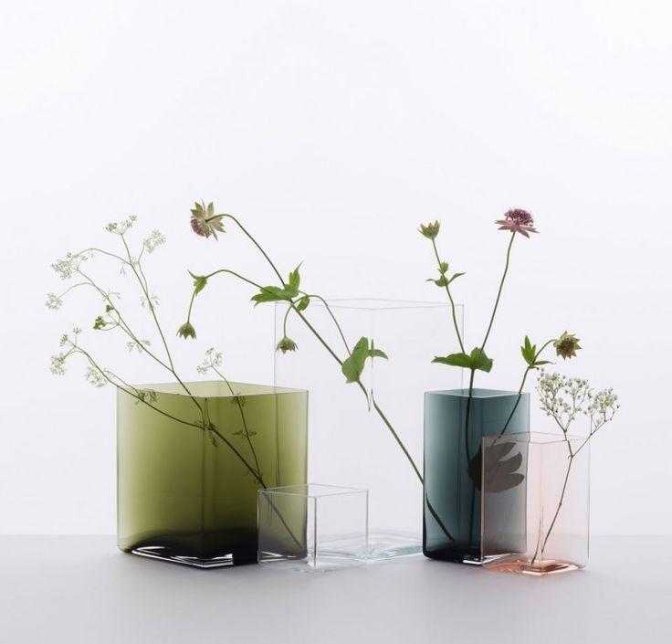 The vase collection Ruutu by Iittala. Modern Scandinavian and Finnish design.