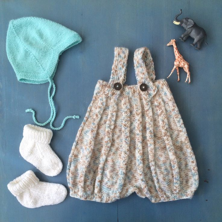 Toddler play day outfit - Scandinavian retro knit💞 All the pieces are available at the shop😘
