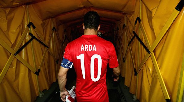 Arda Turan linked with a move to Manchester United