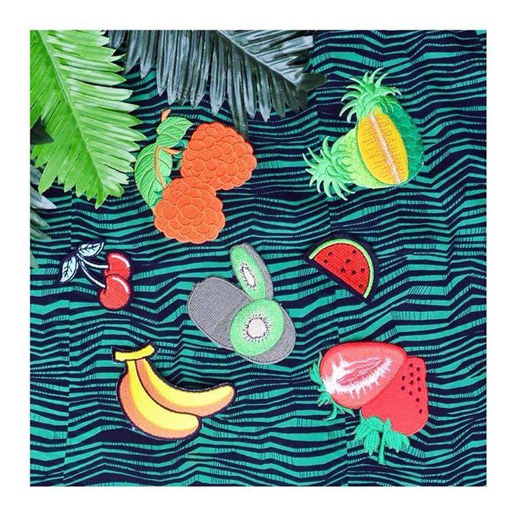🍍Tropical fever🍌  exotic fruits patches szputnyikshop strawberry banana cherry watermelon ananas pineapple kiwi yummy accessories