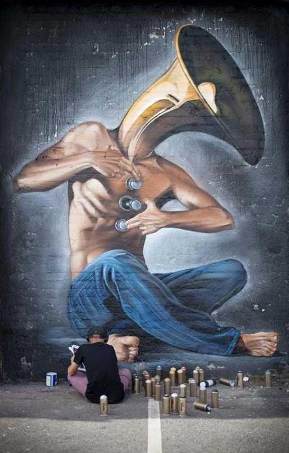 Σπουδαία δουλειά από τον καλλιτέχνη του δρόμου Lonac
