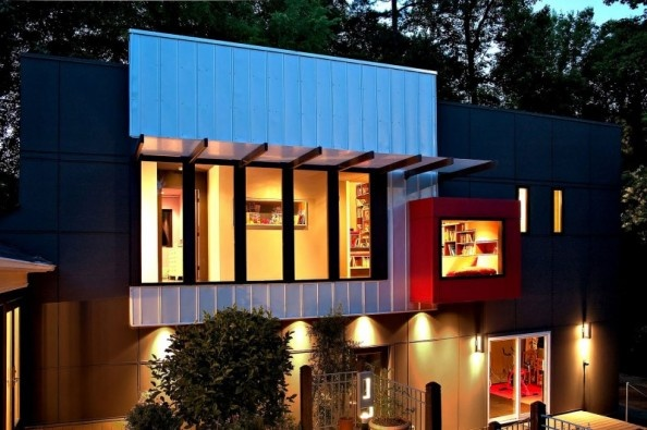 Dashing Black And Red Residence Interior Design