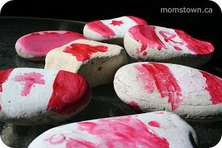Rocks are never in short supply at our house! Super simple Canada Day craft for kids.