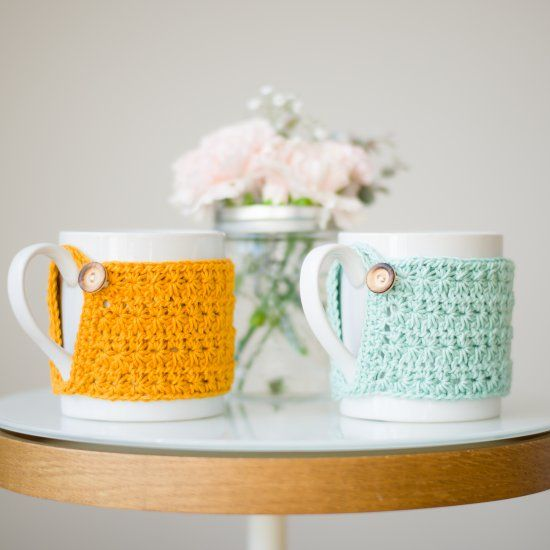 Crochet these beautiful Star Stitch Cup Cozies! They make wonderful last-minute gifts for tea & coffee lovers! Free pattern available!