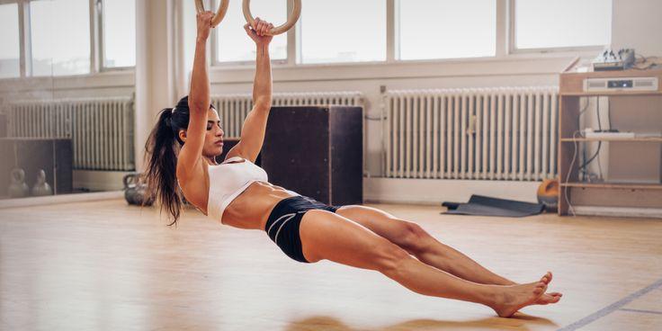 Упражнения с собственным весом часто недооцениваются людьми, большая часть тренировок которых проходит в спортзалах с использованием свободных весов. Мы выбрали пять лучших движений, которые рекомендуют фитнес-инструкторы и тренеры по художественной гимнастике для улучшения силовых показателей, гибкости и укрепления связок.