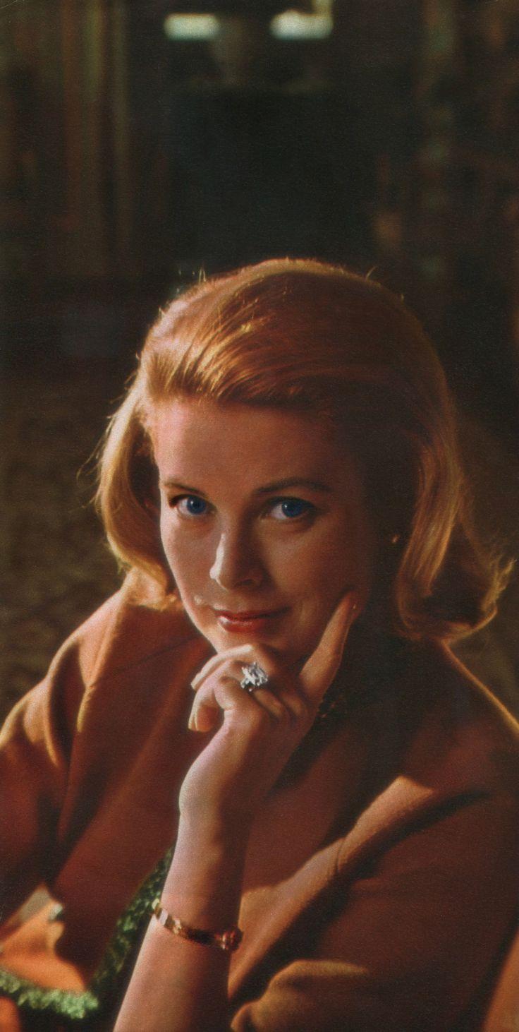 634 best Grace Kelly images on Pinterest | Royal families, Grace o ...