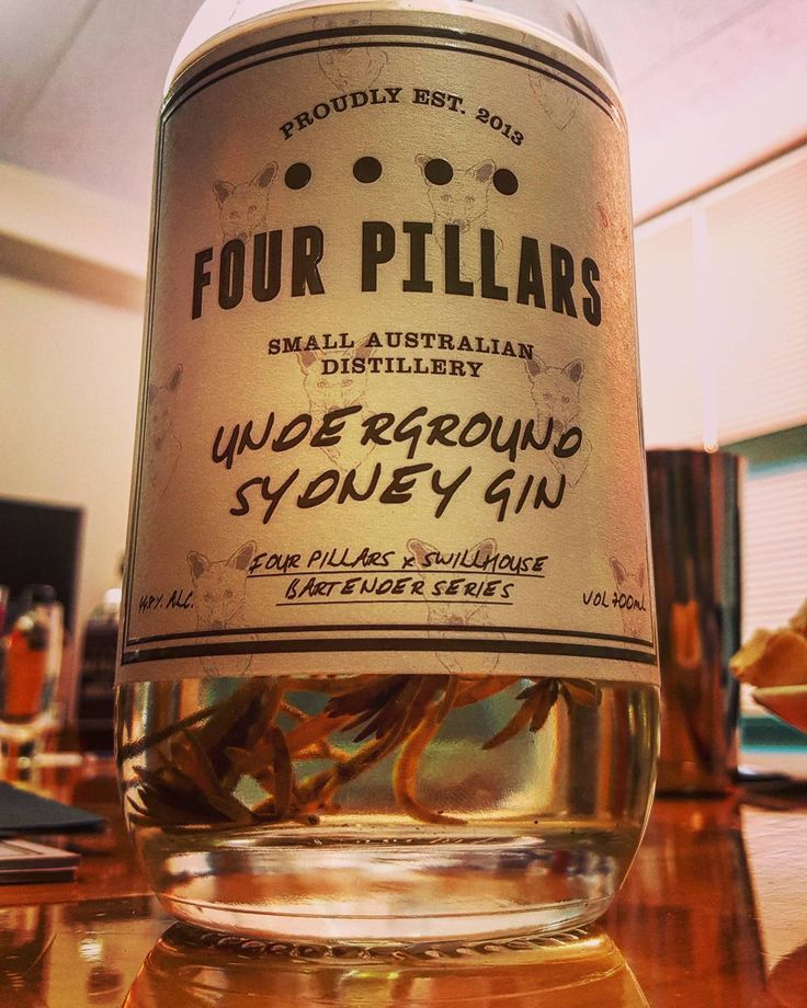 Caught up with the boys from Four Pillars  while they were over for the NZ release of there fantastic Bloody Shiraz gin. We were fortunate to get to try some of there quirky back catalogue limited editions including this nori seaweed infused number Yum! @fourpillarsgin #ginstagram #bloodyshiraz #gin #craftgin #ginoclock #ginspiration #australiangin #fourpillarsgin