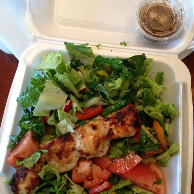 There is such a thing as healthy take-out. Paramount fine foods in Mississauga