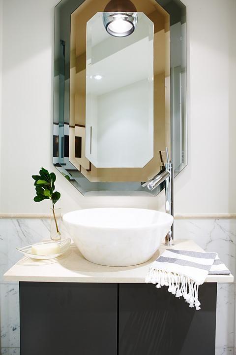 17 best images about portfolio on pinterest master for Sarah richardson bathroom designs