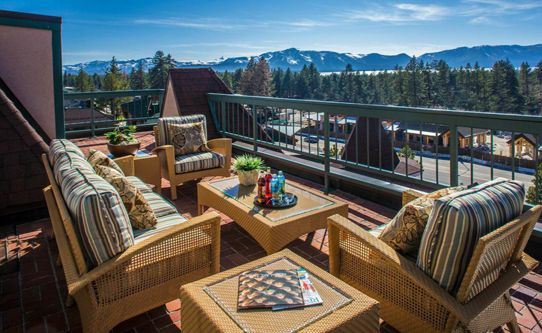 Lake Tahoe Resort Hotel has an optimal set up for families who want to play on this side of the lake.