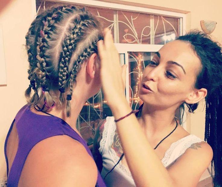 I love my new hair!!! Thank you for making it happen Carolina!! 💜  #hairdo #hairstyle #yogagirl #yogacostarica #hair #manuelantonio #friends #compassion #unconditionallove #consciousawakening #spiritualawakening #costarica #healthcoach #yogaretreat #inspire #dream #youbeyou #jungle #avatar #fashion #lifestyledesign #balancedbody