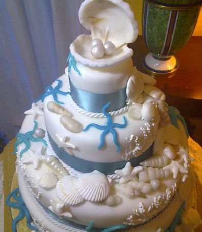 Sea Wedding Cake  Keywords: #seaweddings #jevelweddingplanning Follow Us: www.jevelweddingplanning.com  www.facebook.com/jevelweddingplanning/