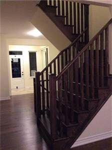 4 Bedroom Townhouse for Rent! Great Location in Oakville! Call Now!