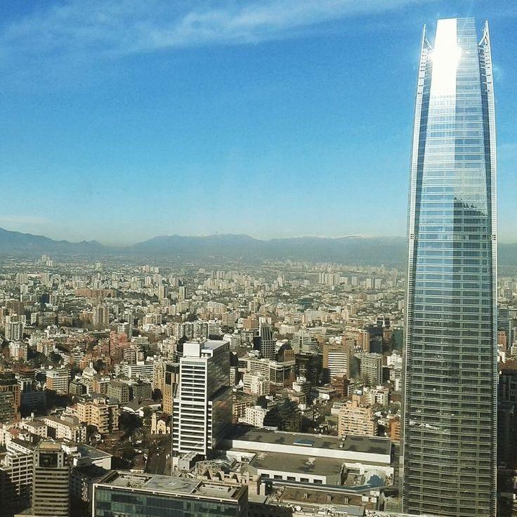 Y así se ve #Santiago desde las alturas luego de una mañana de lluvia