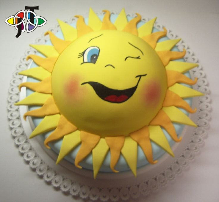 Sun Cake... This just MAKES ME SOOO HAPPY!! I LOVE the color YELLOW... LOVE A HAPPY FACE SUN!!! AND I LOOOOVE CAKE!!! SO, It is a WIN,WIN,WIN!!!   Gotta get me one of these!!!