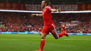 Cardiff travel warning with Wales rugby and football matches - BBC News