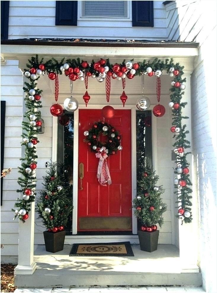 4 Christmas Decorations Porch Here Are Some Pictures About Christmas Decorations Porch In 2020 Christmas Porch Decor Porch Christmas Tree Front Porch Christmas Decor