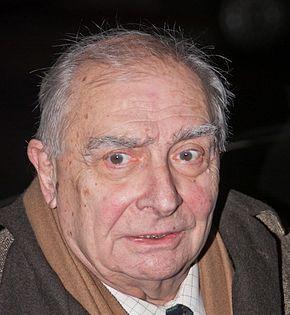 Claude Chabrol   Gemeinsam mit Éric Rohmer verfasste er 1956 eine Monografie über sein filmisches Vorbild Alfred Hitchcock, die weltweit erste Hitchcock-Monografie überhaupt. Ende der 1950er Jahre wurde er Filmkritiker bei den Cahiers du cinéma. Chabrol brach schließlich sein Studium ab und arbeitete zunächst in der Presseabteilung von 20th Century Fox in Paris.[