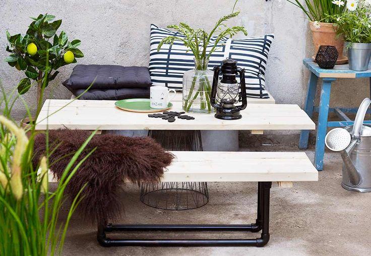 Det er kostbart å kjøpe nye utemøbler. Å lage sine egne er både rimelig, imponerende og overraskende enkelt!