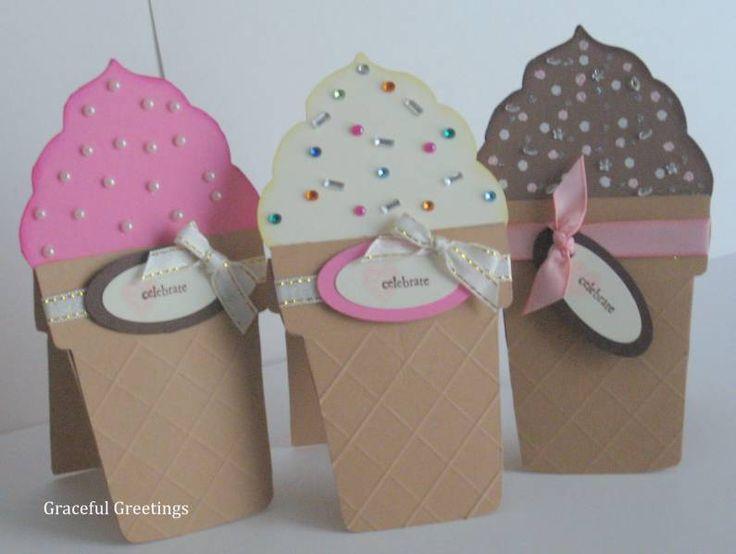 HELADOS ice cream cone