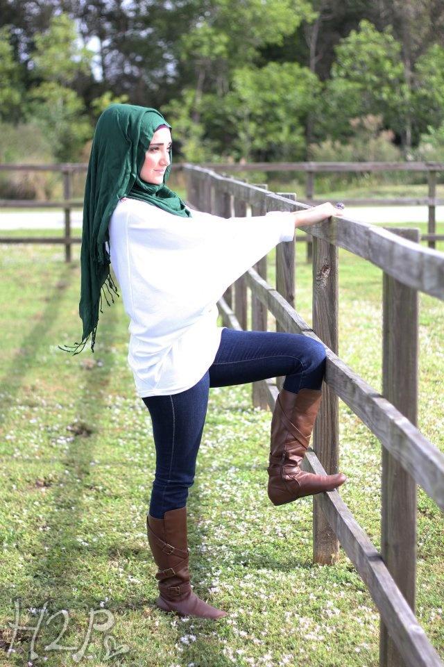 muslim woman cowgirl