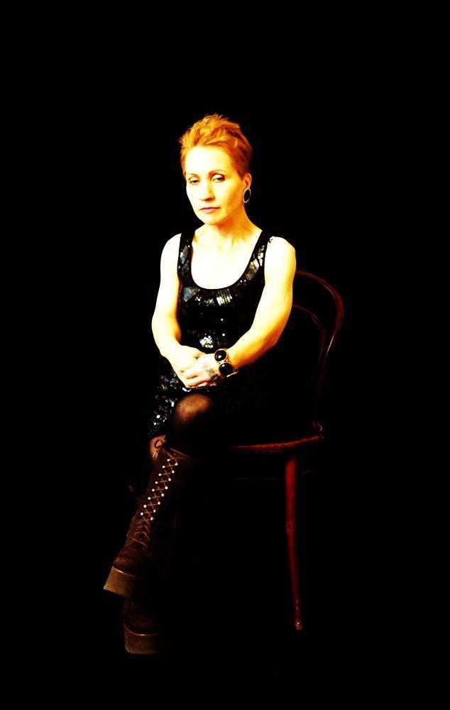 barticibant: Kabaree laulaja / Cabaree singer by Hanna Lindberg