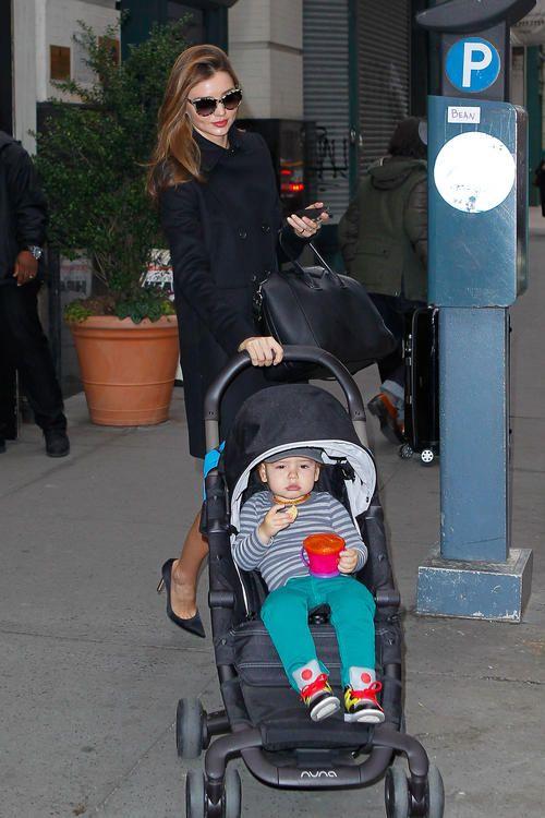 SPOTTED: Miranda Kerr is also a fan of #nuna with her baby stroller #MirandaKerr #baby #babystroller