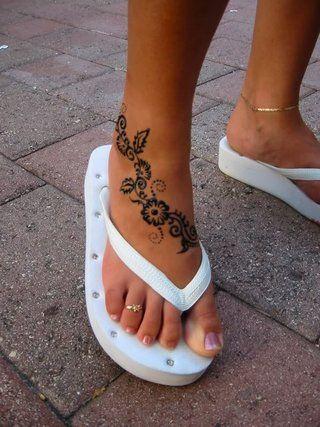 foot tattoo designs photo: tattoo images backtattoo153.jpg