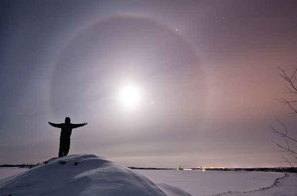Ice crystals suspended in the air refract light from the Moon, and due to their geometry they create a ring around it.