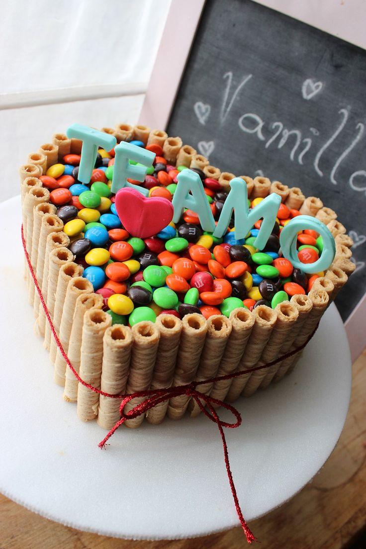 Resultado de imagen para tortas de chocolate con rocklets y oreo