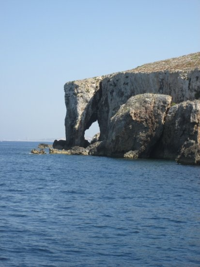 the elephant rock, malta - the count of monte cristo! - Oolala!