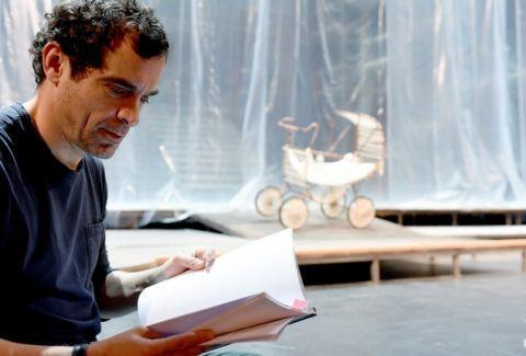 """""""Ο Κύκλος με την κιμωλία"""" για 15 ακόμη παραστάσεις στο Παλλάς! - Θέατρο - Athens Magazine"""