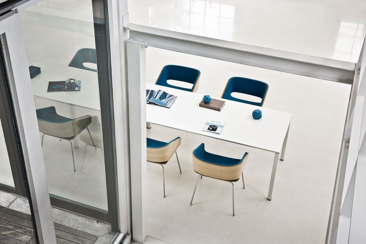 4UNDICI - Emmegi srl - OFFICE COLLECTION  ©Andrea Pancino  #contract #office #meetingroom #seating