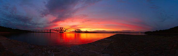 The Forth Bridge, Edinburgh. | 21 Gorgeous Panoramic Shots From Around Britain