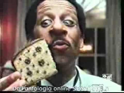 Bonsoir mes amis!!! Così esordiva nel 1985 il testimonial nero come il prodotto reclamizzato, il celebre Tartufone Motta. Con una filastrocca in lingua mezza francese, mezza italiana, è diventato uno dei simboli della pubblicità anni 80.