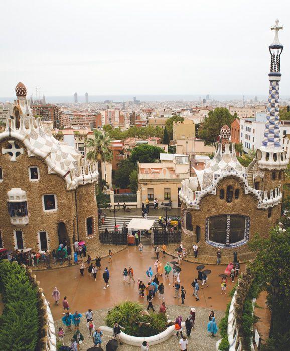 Week-end à Barcelone : idées de sorties et bonnes adresses à découvrir dans le city guide => http://madebymaider.com/week-end-barcelone-city-guide/  #Barcelone #CampNouExperience