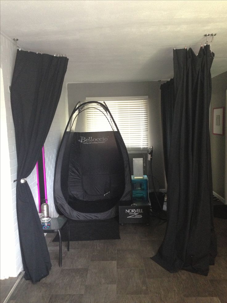 Spray Classy custom spray tan room