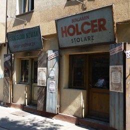 """Zwiedzanie Krakowa szlakiem Oskara Schindlera. Miejsca znane z """"Listy Schindlera"""" Stevena Spielberga. Muzeum w Fabryce Oskara Schindlera."""
