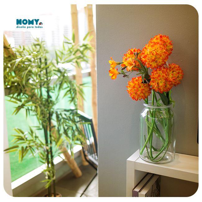 El naranjo es un color que se asocia al entusiasmo y la alegría. Además, atrae las miradas de todos.