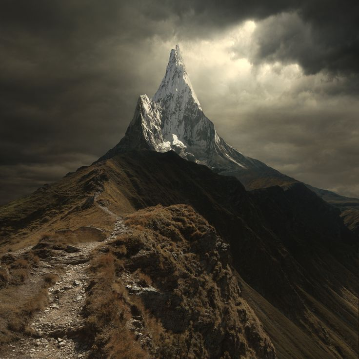 The perfect epic mountain in the perfect epic light (by unknown).