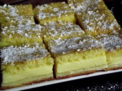 Chytrý koláč - Do trouby vložíte jedno těsto a vyndáte dezert s třemi vrstvami!